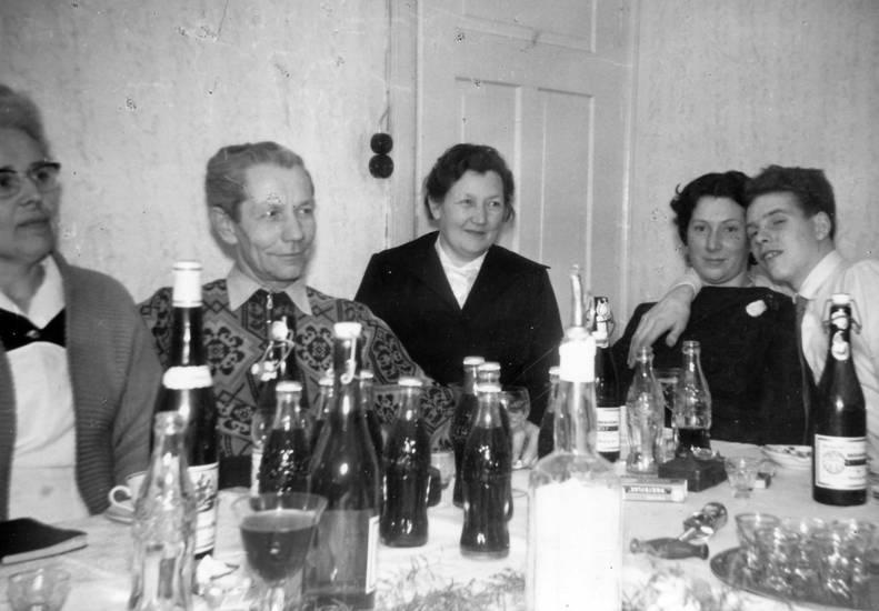 Bier, Coca-Cola, Esstisch, feier, Flasche, tafel, wein