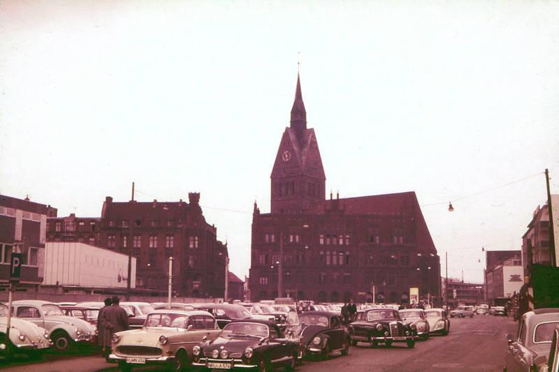 Altes Rathaus, auto, hannover, Karmann-Ghia, KFZ, kirche, Marktkirche, Marktplatz, mercedes-ponton, PKW, rekord-p1, VW-Käfer
