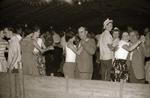 Tanzen im Festzelt