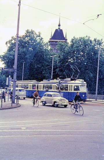 auto, AutoFahrrad, KFZ, ÖPNV, PKW, Rapperswil, Schweizerisches Nationalmuseum, Straßenbahn, Tram, verkehr, VW-Bulli, Zürich