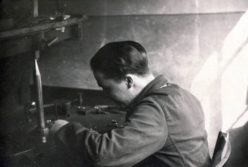 arbeit, arbeitsalltag, Beruf, diamantschleifer, Idar-Oberstein, Maschine, schleifmaschine