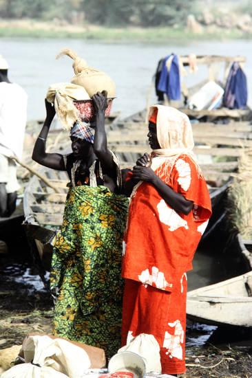 frau, Niger, schüssel, Traditionelle Kleidung, Tragen