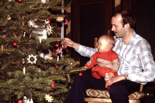 Am Weihnachtsbaum