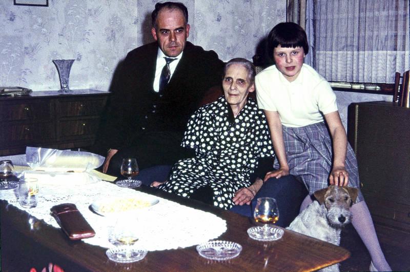 Dortmund, familie, Großmutter, hund