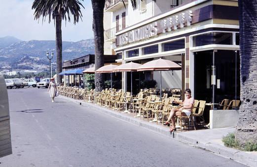 Café Les Palmiers