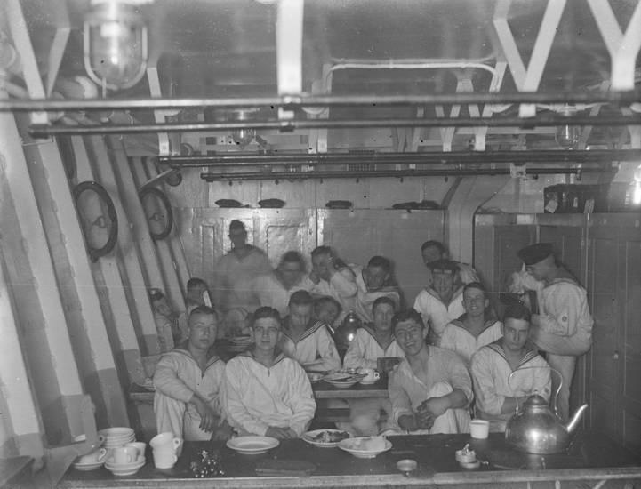 essen, Kreuzer, Kreuzer Emden, Küche, mahlzeit, Matrosen, Reichsmarine, reise, schiff, Schulschiff, Weimarer Republik