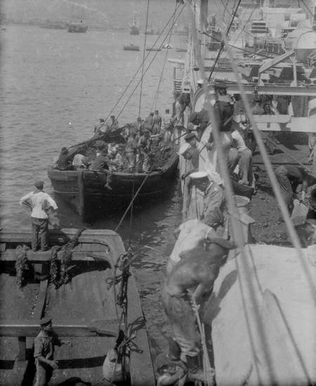 beiboot, boot, Hafen, Kreuzer, Kreuzer Emden, Reichsmarine, reise, schiff, Schulschiff, Weimarer Republik