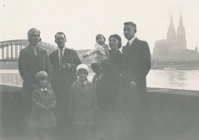 gruppenfoto, hohenzollernbrücke, Kölner Dom, mantel