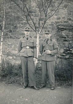 Zwei Soldaten