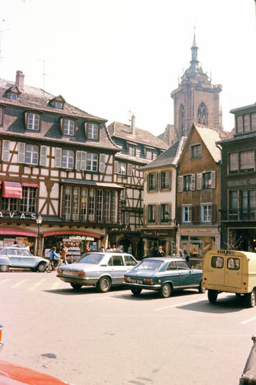Altstadt, auto, bmw-e12, citroen-dyane, Colmar, Elsass, Fachwerkhaus, KFZ, Parkplatz, Peugeot, PKW