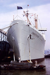 Malerarbeit am Schiff