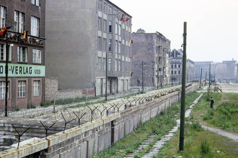 berlin, Berliner MAuer, ddr, DDR Flagge, mauer, Ost Berlin, West Berlin