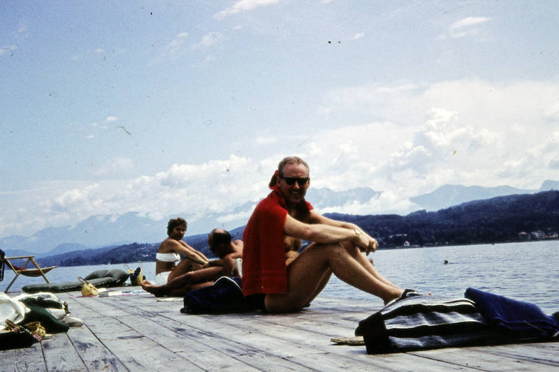 bademode, Badesteg, Berg, Österreich, Sonne, sonnenbrille, urlaub, Urlaubsreise, wörther see