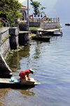 Gewaschen wird im See