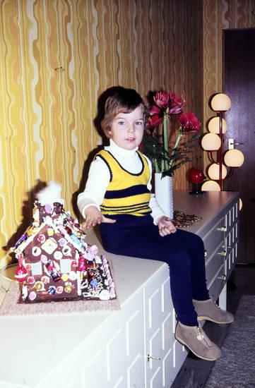 einrichtung, Kindheit, lebkuchen, Lebkuchenhaus, Möbel, Naschen, süßigkeiten, Weihnachten, Weihnachtszeit