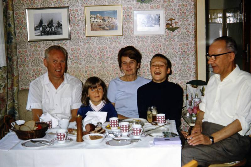 Großeltern, Inneneinrichtung, kaffee, Kindheit, Koblenz, kuchen