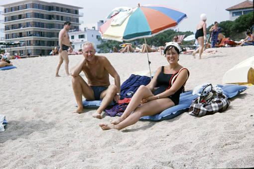 Ein Paar am Strand