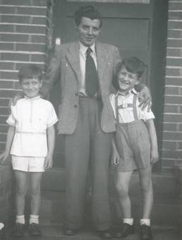Papa mit den Jungs
