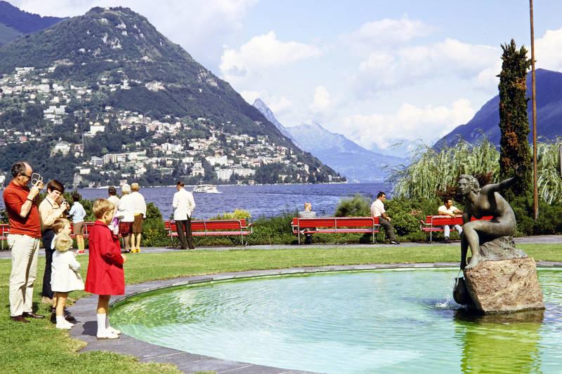 Acquaiola Brunnen, Banl, fähre, Luganer See, lugano, Lugano Paradiso, mode, statue, Ufer