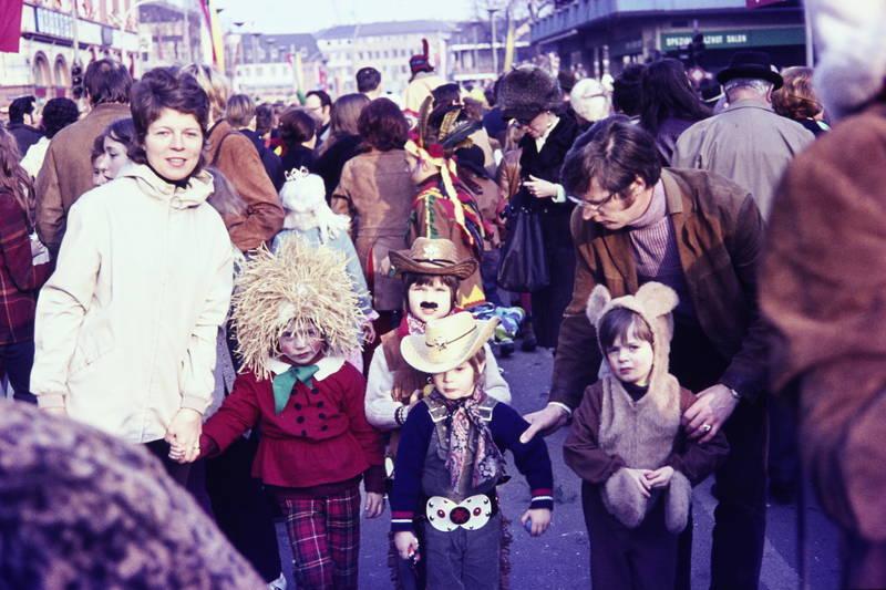 familie, Fasching, fastnacht, karneval, Kindheit, Kostüm, verkleidung