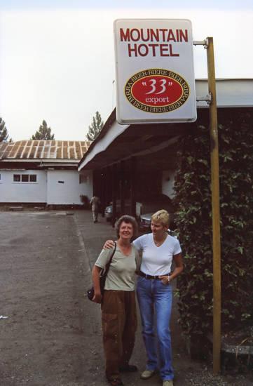 33, 33 export, Bier, Buea, Entdeckungsreise, Heineken, Hotel, Kamerun, mode, Mountain Hotel