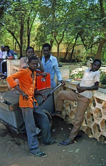 bollerwagen, Geländer, jugend, Kasten, mode, Niger, park