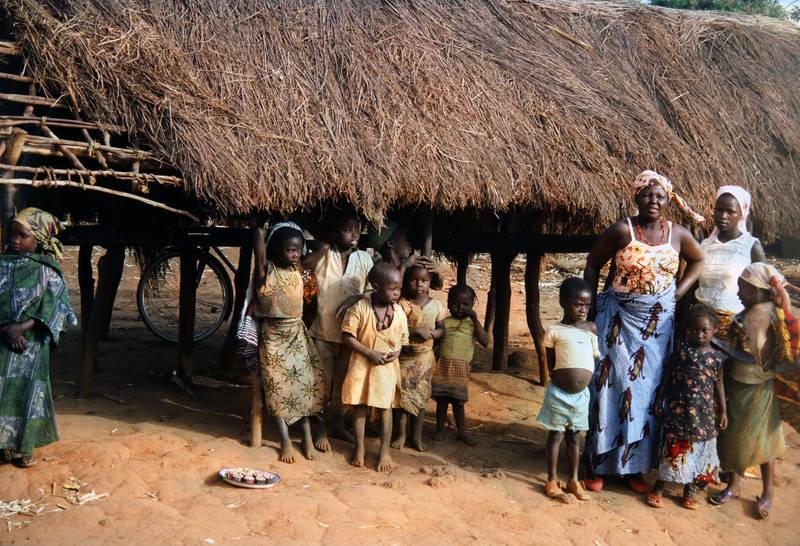 fahrrad, Kamerun, Kindheit, mode, Mutter, Traditionelle Kleidung