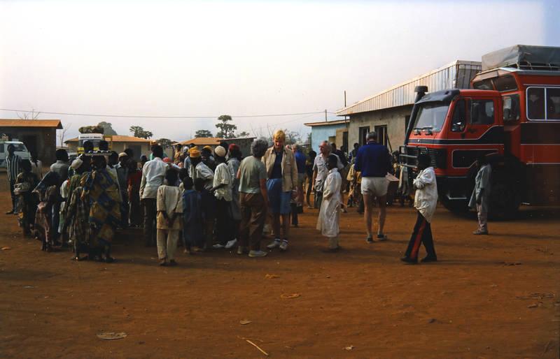 dorf, Kamerun, mode, Reisebus, tourist, Traditionelle Kleidung