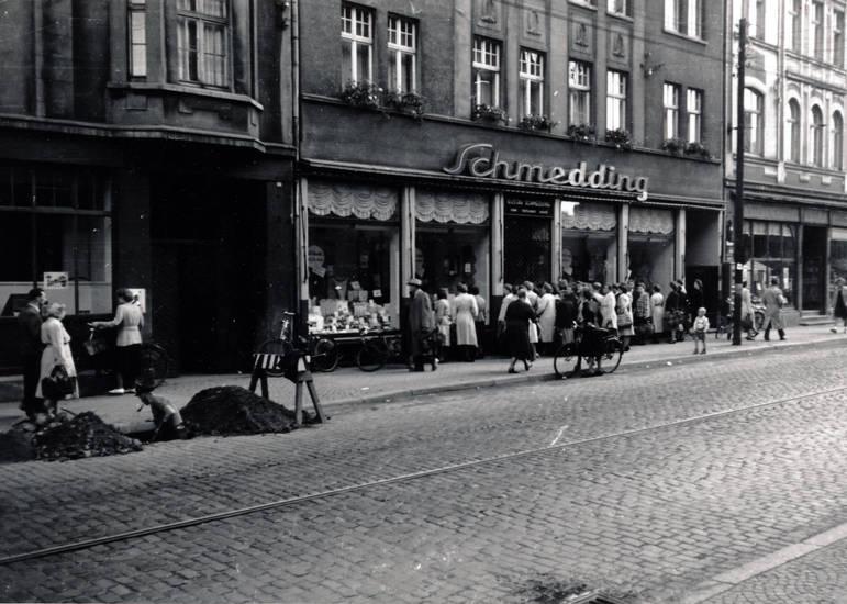 Baustelle, Boutique, castrop-rauxel, kleidung, Lange Straße, Menschenmenge, schaufenster, Schmedding, Shopping