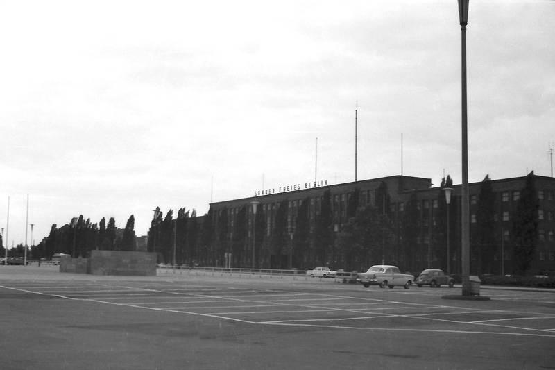 auto, berlin, KFZ, Parkplatz, PKW, Sender Freies Berlin, SFB