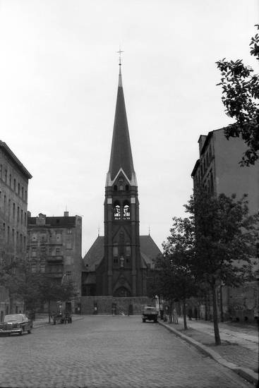 berlin, Berliner MAuer, Bernauer Straße, kirche, straße, versöhnungskirche, versöhnungskirche berlin