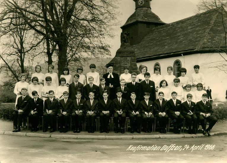 anzug, baum, jugend, kirche, kleid, Konfirmation, konfirmationskind, pastor, Pfarrer, Rinnstein
