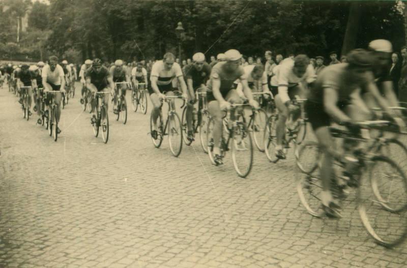 berlin, fahrrad, meisterschaft, publikum, radrennen, rennrad, sport, Sportler, trikots