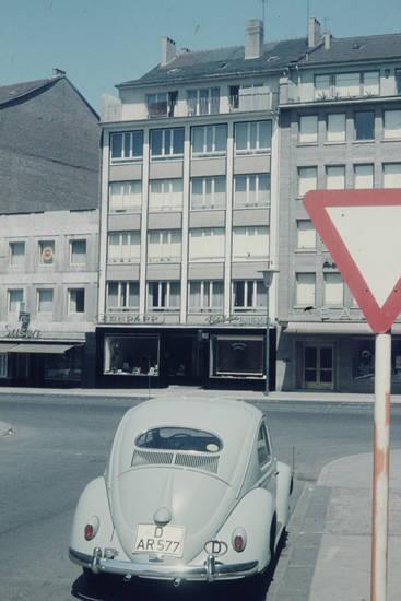 auto, Düsseldorf, käfer, KFZ, Ovali, PKW, Vorfahrt-Achten, vw, VW Käfer
