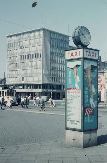 Auto Droschken Zentrale, dresdner bank, Elfi Strümpfe, Fahrpreise, Sinalco, Straßenbahn, taxi, Tram