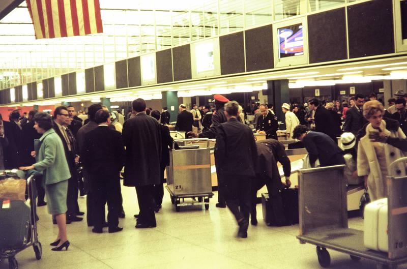 Gepächwagen, Gepäck, Kennedy Airport, mode, Zollkontrolle