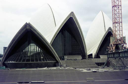 Kran vor Sydney Opera House
