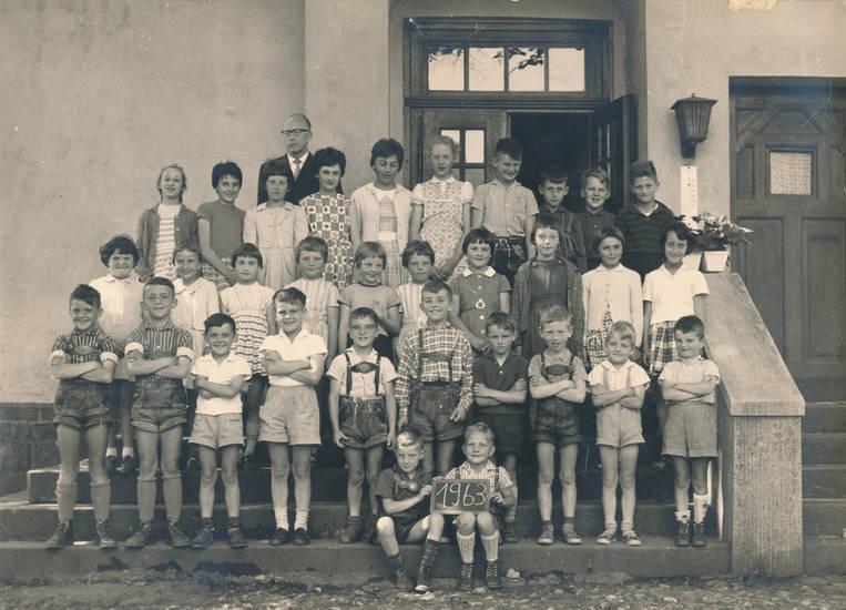 Klasse, Klassenfoto, lederhose, schule, Schulkind, Schulklasse