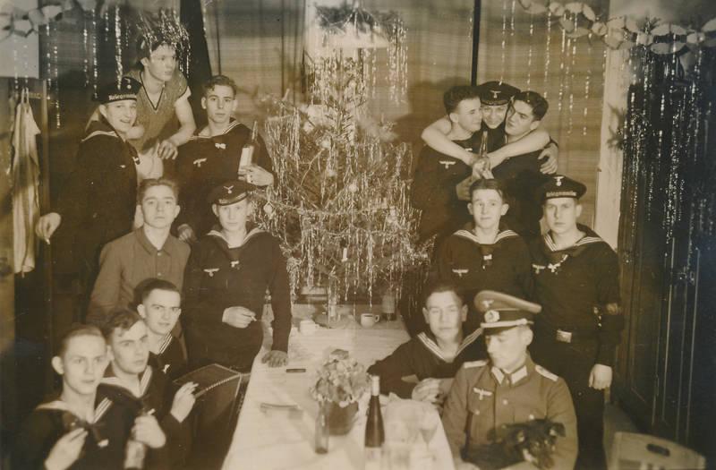 christbaum, feiertag, Kriegsmarine, Lametta, Marine, Matrose, soldat, Tannenbaum, Uniform, Weihnachten, Weihnachtsfeier