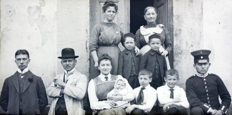 familie, Gruppenbild, Kindheit, Uniform