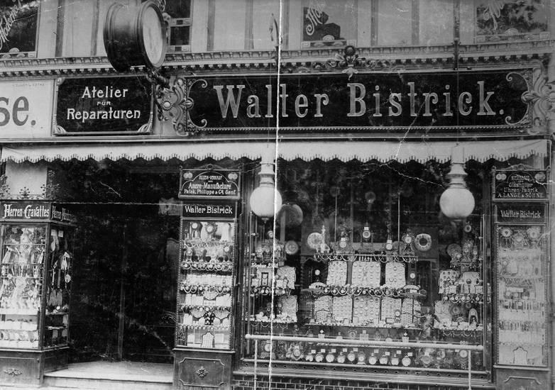 Bistrick, Kalinigrad, Königsberg, Preußen, schaufenster, uhr, Uhrengeschäft, Umzug