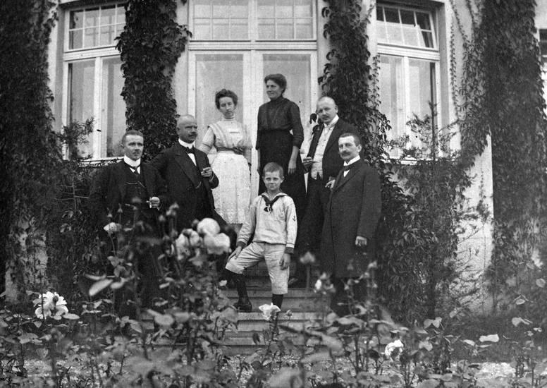 familie, Kindheit, Königsberg, mantel, mode, Schnurrbart, Zigarre