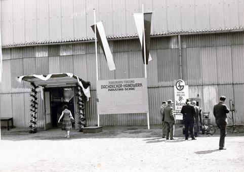 Dachdecker-Industrie-Schau