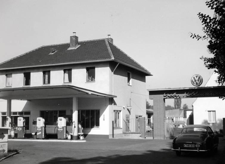 auto, Benzin, KFZ, köln, PKW, Tankstelle, volkswagen, vw, VW-Dienst