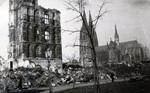 Kölner Dom und Rathaus, 1950