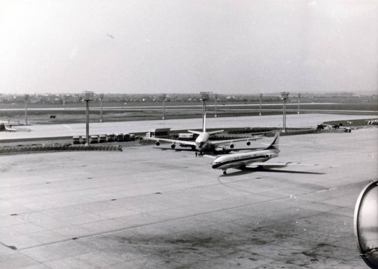Aéroport de Paris-Orly, Flughafen, Flugplatz, flugzeug, Paris-Orly, Rollbahn