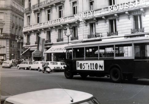 Postillonbus in Paris