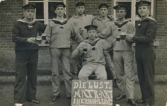 Matrosen und Bier