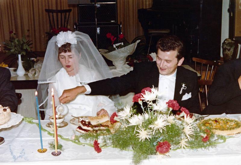 Braut, Bräutigam, essen, Hochzeit, hochzeitskleid, kaffee, Kerze, kleid