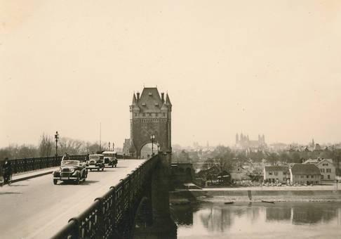 Rheinbrücke in Worms